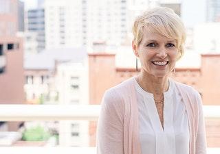 Debbie Schoonover image